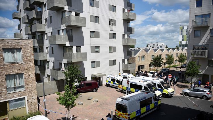 دوي انفجارات واعتقال 12 شخصا على خلفية هجمات لندن