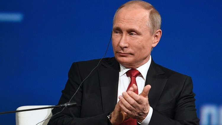 بوتين: لا نمتلك مستمسكات على ترامب