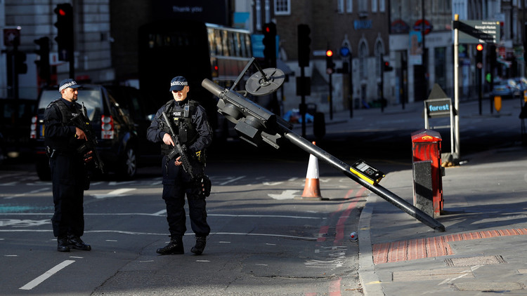 الشرطة البريطانية تخلي سبيل جميع الموقوفين على خلفية هجمات لندن
