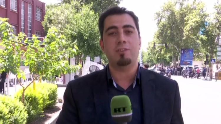 الشرطة الإيرانية تحتجز مراسل ومصور قناة RT العربية