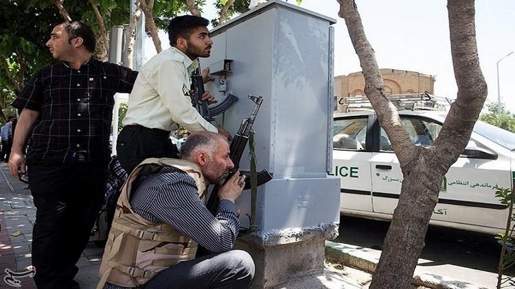 سوريا: جهات معروفة تقف وراء تنفيذ وتمويل هجومي طهران