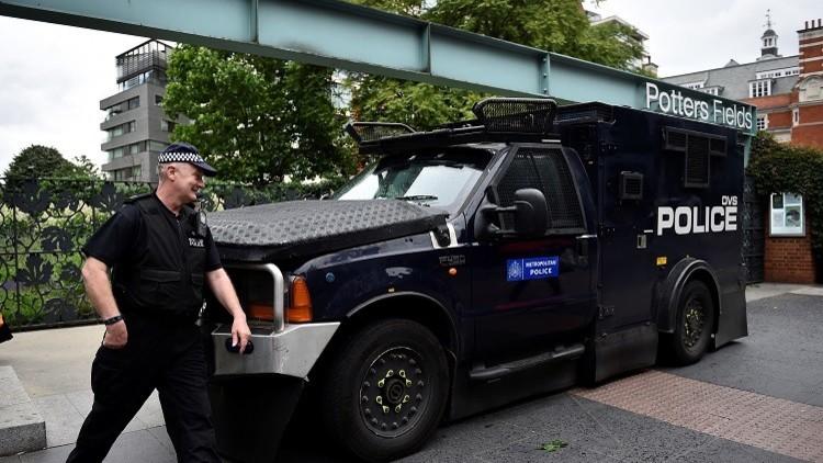 شرطة لندن تقوم بتفجير سيارتين قرب المقر الجديد للسفارة الأمريكية