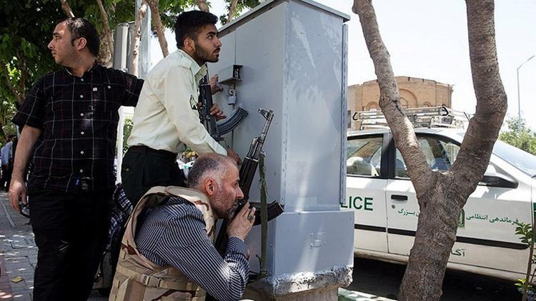 الكشف عن هوية 5 من إرهابيي طهران ونشر صورهم!