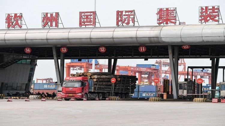 ارتفاع حجم التبادل التجاري بين روسيا والصين 20% خلال شهر فقط