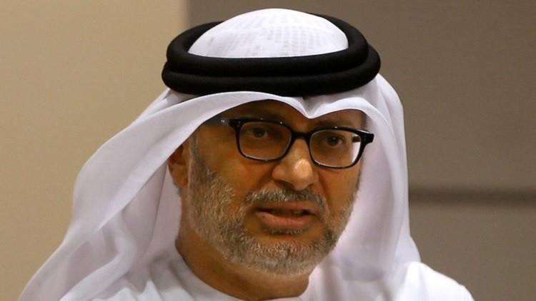 قرقاش: طلب قطر الحماية العسكرية من بلد غير عربي فصل جديد مأساوي هزلي
