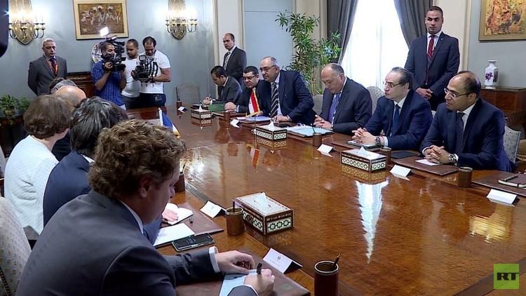 محادثات مصرية فرنسية في القاهرة