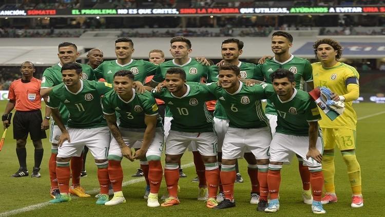 المكسيك تمضي بثبات وأمريكا إلى المركز الثالث في تصفيات مونديال روسيا
