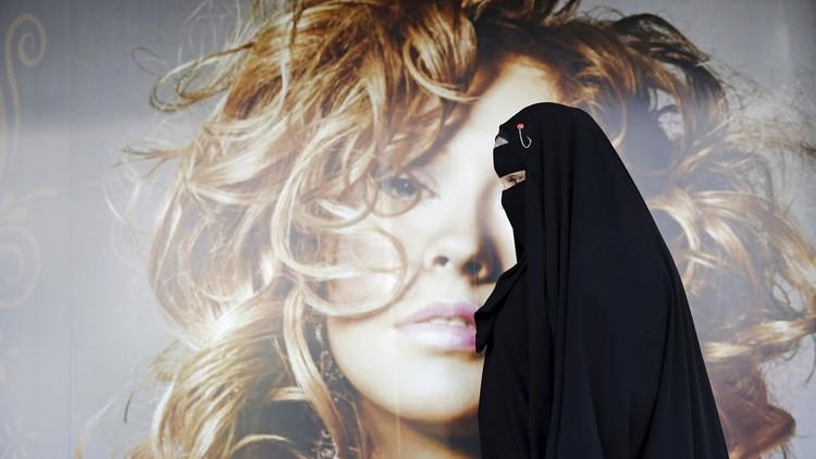 النمسا تحظر ارتداء البرقع