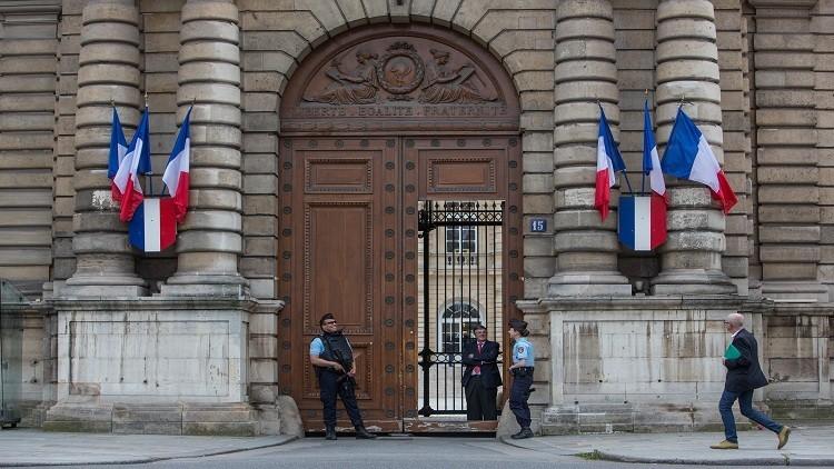 نابليون وأوباما.. تنافس لدخول البرلمان الفرنسي!