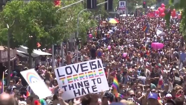 أكبر مسيرة للمثليين في تل أبيب