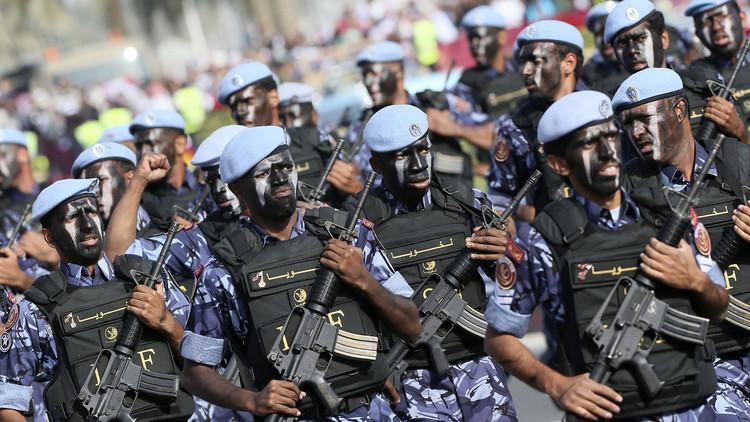آل ثاني يتحدث عن القوات الباكستانية إلى قطر ومصير صفقات الأسلحة مع واشنطن