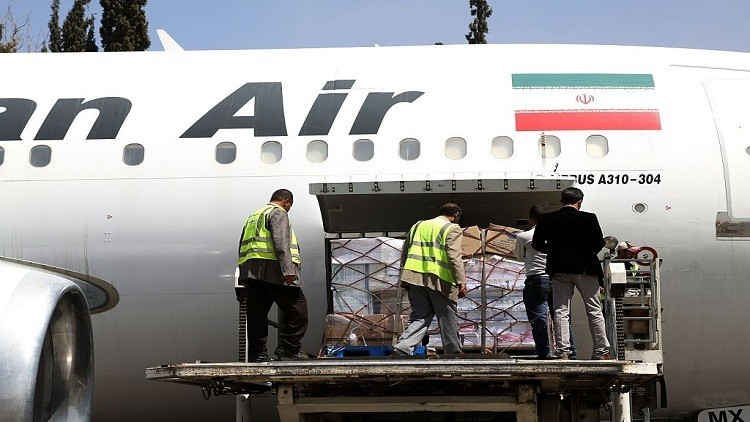 إيران تفتح خطا جويا خاصا بقطر