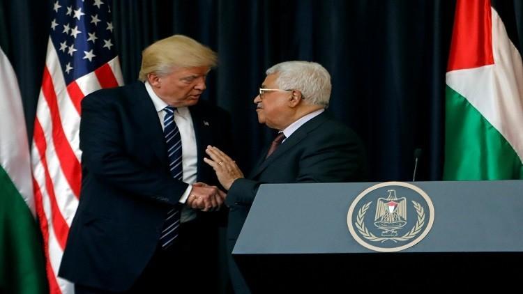 عباس يدعو نتنياهو لعدم تفويت عرض ترامب للسلام