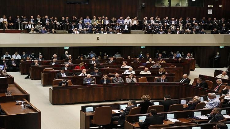 إسرائيل تقرصن مخصصات الأسرى الفلسطينيين