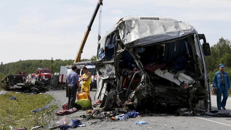 10 قتلى على الأقل بحادث سير مروع جنوب شرق روسيا