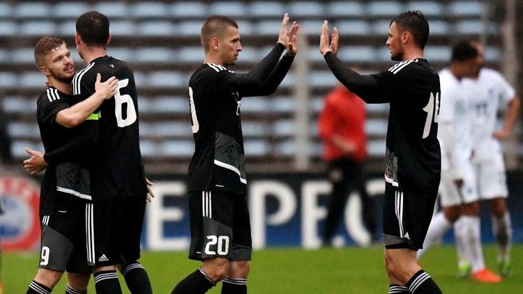 هزيمة معنوية لنيوزيلندا قبل خوضها المباراة الافتتاحية لكأس القارات