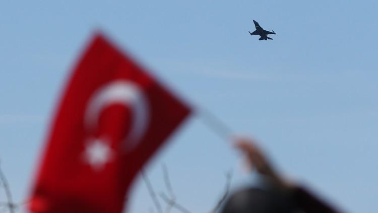 لجنة تركية عسكرية إلى قطر تحضيرا لفتح قاعدة