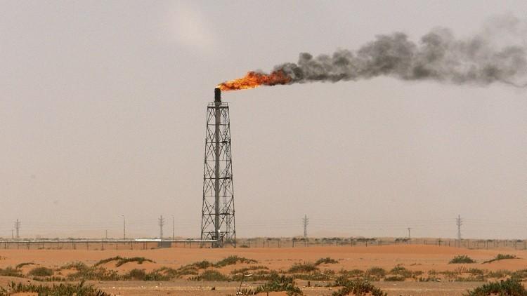 الرياض ستقلص توريد النفط لواشنطن إلى أدنى مستوى منذ 30 عاما