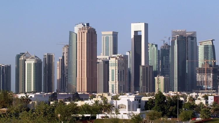 الحصار يضرب قطاعات حيوية في الاقتصاد القطري