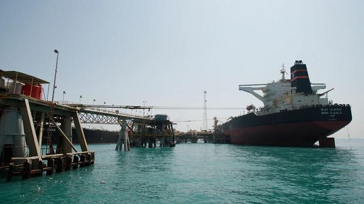 العراق يزيح السعودية عن صدارة سوق النفط الهندي