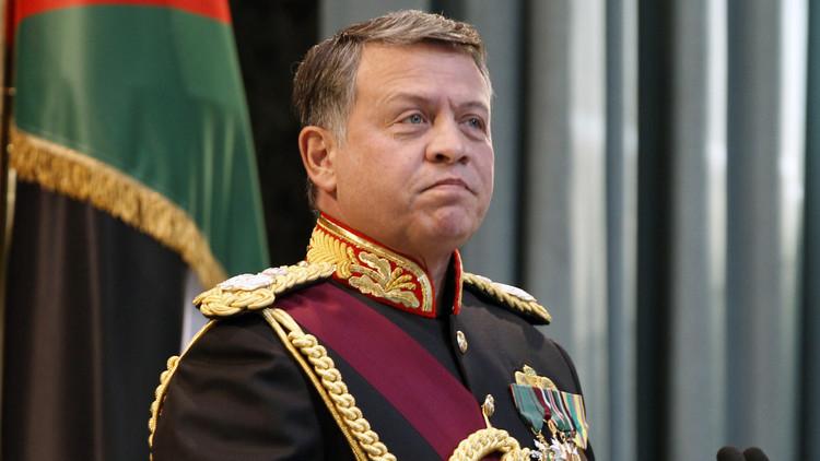 العاهل الأردني يقبل استقالة 3 وزراء من حكومة الملقي