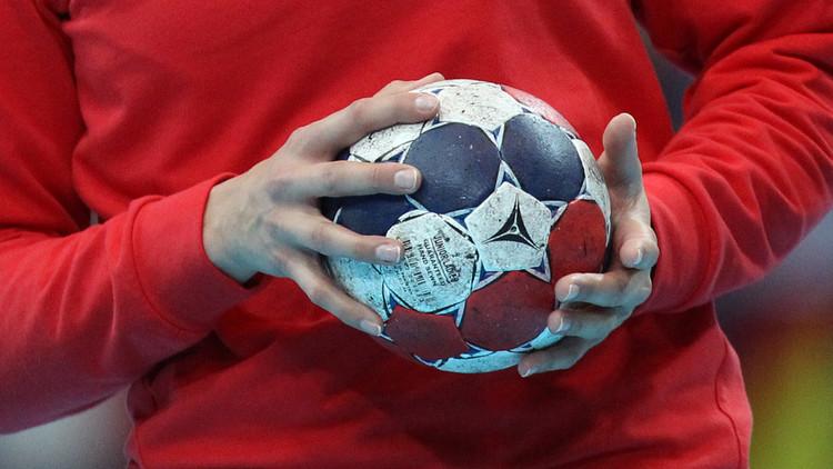 روسيا تفوز على سلوفاكيا بكرة اليد