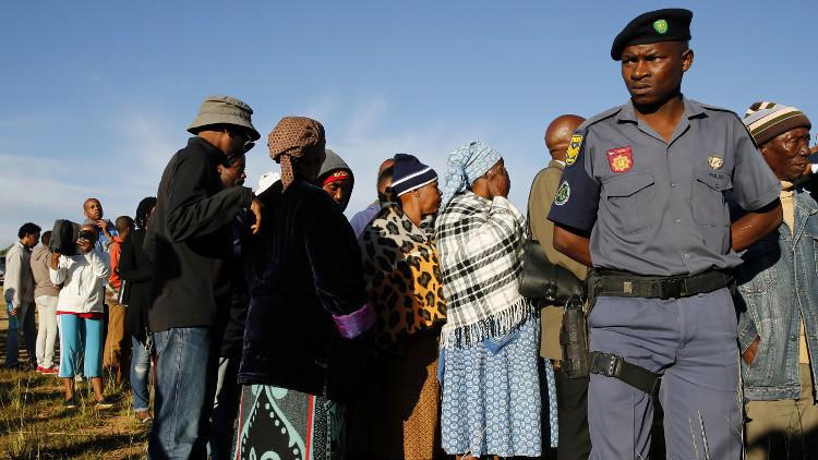 مقتل زوجة رئيس وزراء ليسوتو بعد ساعات من تنصيبه