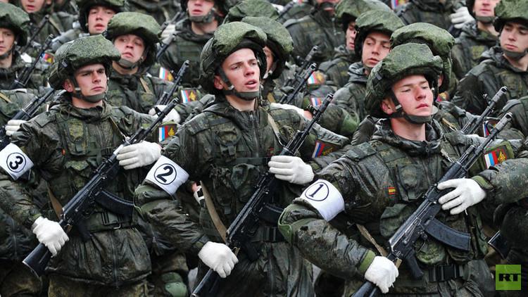 ما حاجة الجيش الروسي للبزات العسكرية