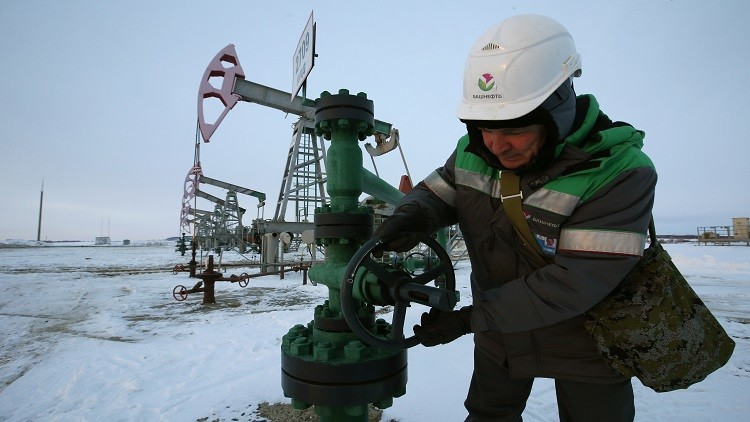 طمع شركات الطاقة الأمريكية وراء توسيع العقوبات ضد روسيا