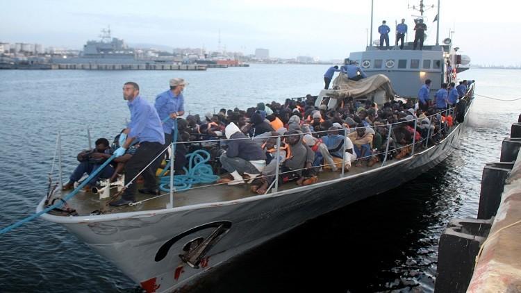 خفر السواحل الليبي يعترض 900 مهاجر