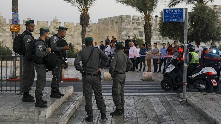 القوات الإسرائيلية تبعد 350 فلسطينيا عن القدس
