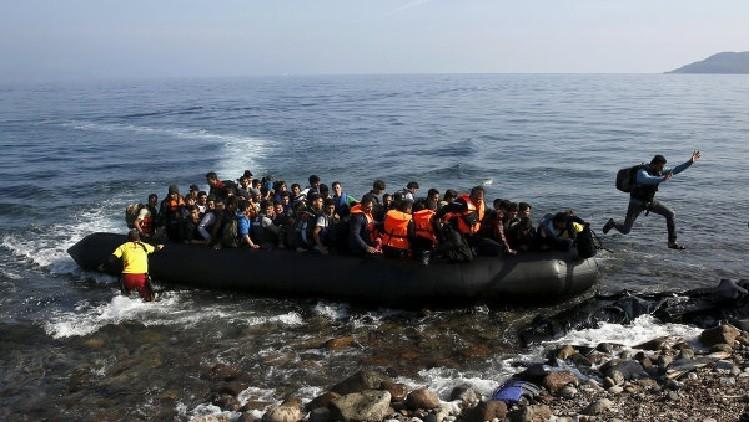 إنقاذ أكثر من 450 مهاجرا ومقتل 5 آخرين قبالة سواحل إسبانيا خلال الأيام الأخيرة
