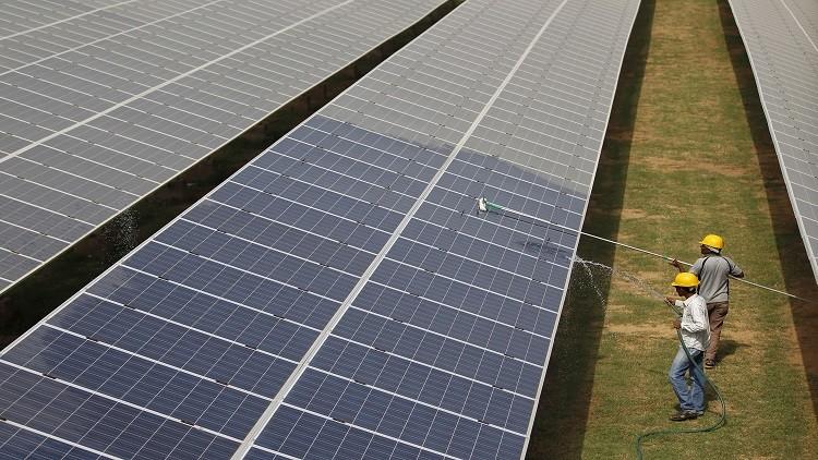 قطاع الطاقة الشمسية في الهند مهدد بالانهيار