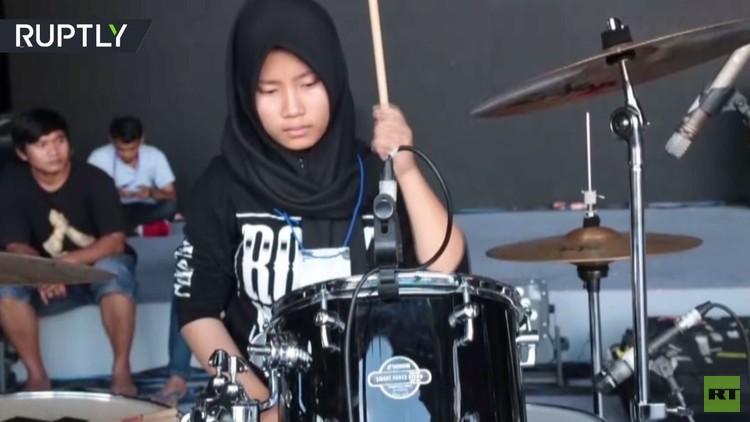 فرقة روك إندونيسية بنكهة إسلامية!