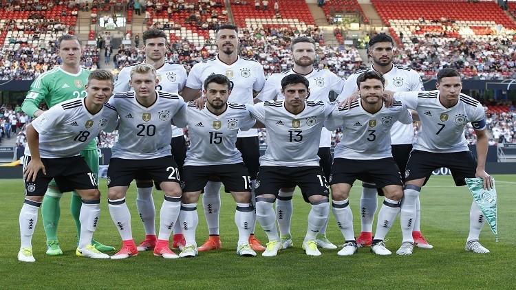 التشكيلة الرسمية لمواجهة ألمانيا وأستراليا في كأس القارات