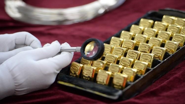 روسيا تعزز احتياطياتها من الذهب