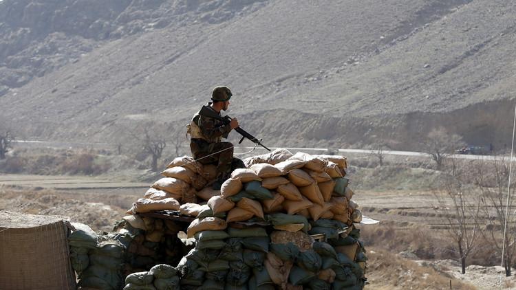 سقوط منطقة استراتيجية شمال أفغانستان في أيدي