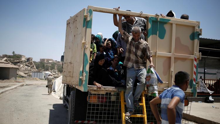 انتحاري يفجر نفسه بين نازحين من الموصل ويقتل 12 مدنيا