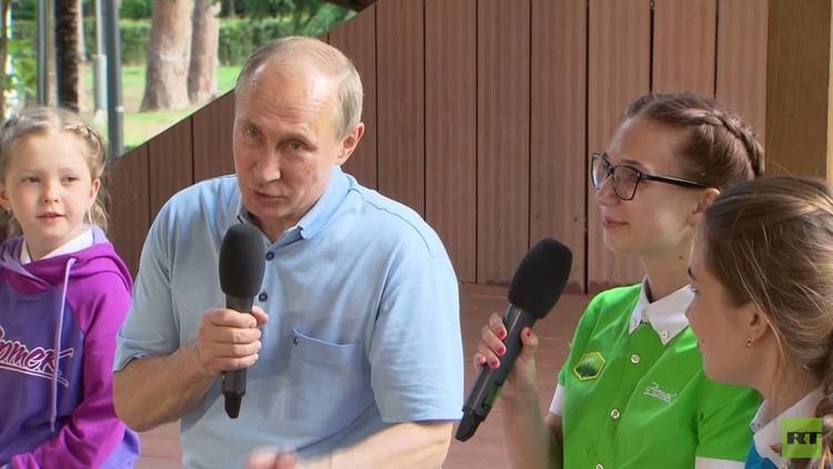 نصائح بوتين للأطفال في القرم!