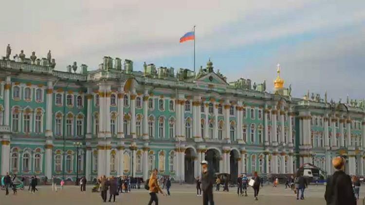 العاصمة الشمالية سان بطرسبورغ تستقطب اهتمام السياح