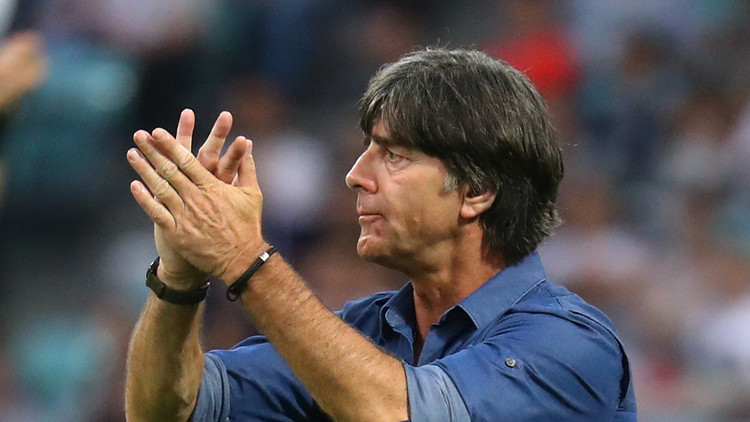 يواكيم لوف أول مدرب يحقق 100 انتصار مع ألمانيا