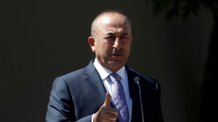 جاويش أوغلو: لا دخل للآخرين بالقاعدة التركية في قطر