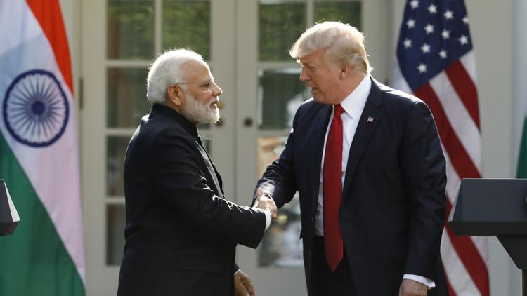 ترامب: المحيط الهندي سيشهد أكبر مناورات أمريكية هندية يابانية الشهر المقبل