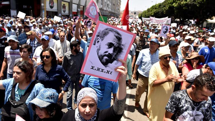 إصابة العشرات باشتباكات بين الأمن ومتظاهرين في المغرب
