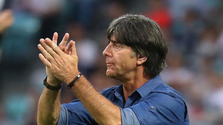 لوف يصف تأهل ألمانيا إلى نهائي كأس القارات بالإنجاز الكبير