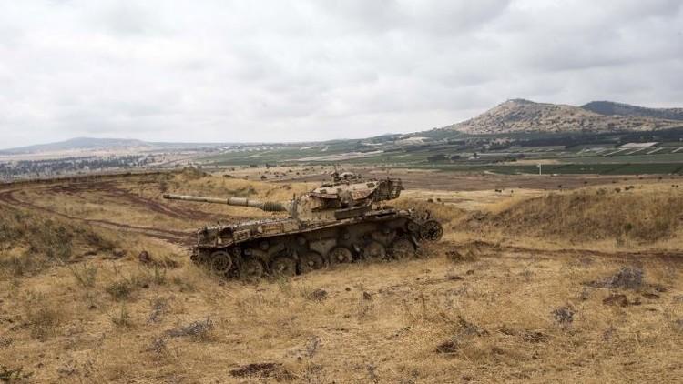 مروحية إسرائيلية تستهدف مواقع للجيش السوري بريف القنيطرة