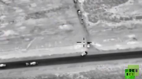 الدفاع الروسية: الطيران الروسي قتل أكثر من 80 مسلحا من داعش أثناء تنقلهم من الرقة إلى تدمر الثلاثاء