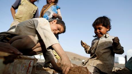 """""""اليونيسف"""" تحذر من تحويل وضع الأطفال في اليمن إلى كارثة بسبب الكوليرا"""