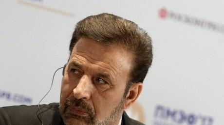 وزير الاتصالات الإيراني محمود فايزي