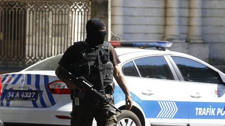 شرطي تركي (أرشيف)
